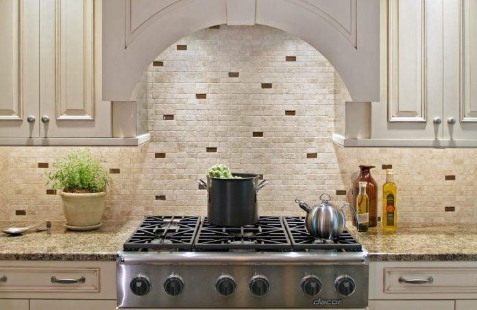 Piastrelle cucina guida alla scelta del rivestimento perfetto