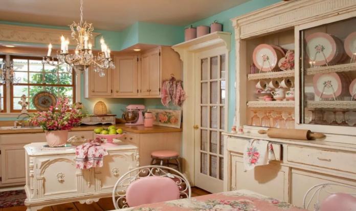 Arredare casa con i tessuti provenzali idee e spunti di - Copridivano stile provenzale ...