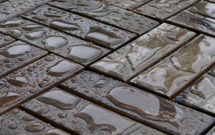 Pavimenti per esterni guida alla scelta del materiale giusto