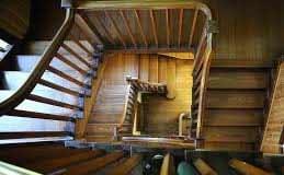scale-in-legno-per-interni