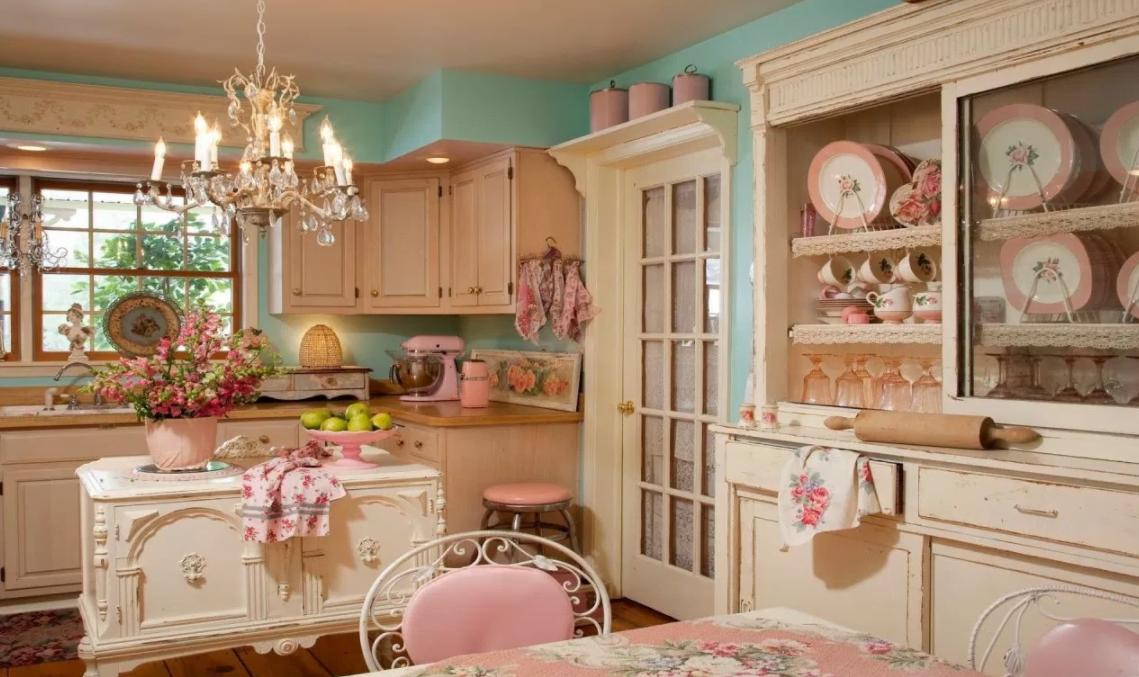 Arredare casa con i tessuti provenzali idee e spunti di tendenza - Colori provenzali per mobili ...