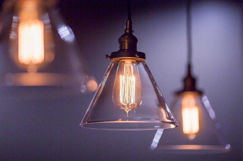 Lampade a sospensione leroy merlin idee moderne ed originali for Lampade solari da giardino leroy merlin